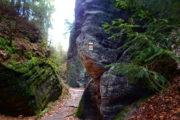 Bohemian Paradise tour - Between the rocks